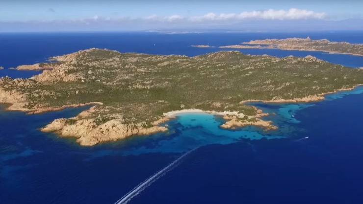 Die Insel Budelli liegt vor der Nordküste von Sardinien. Sie gilt als eine der schönsten Inseln des Mittelmeers. (Screenshot: arte.tv )