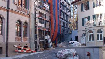 Morgen: Zwei alte Gebäude sind schon renoviert, das Haus am Park bald bezugsbereit.