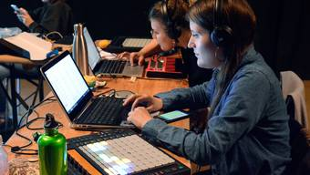 Female Lab: die Musikwerkstatt für junge Frauen.