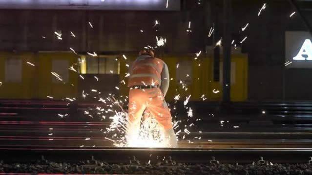Vom 15.-17. August führt die Stadt Zürich Gleisarbeiten durch, welche den Verkehr beeinträchtigen. (Symbolbild)