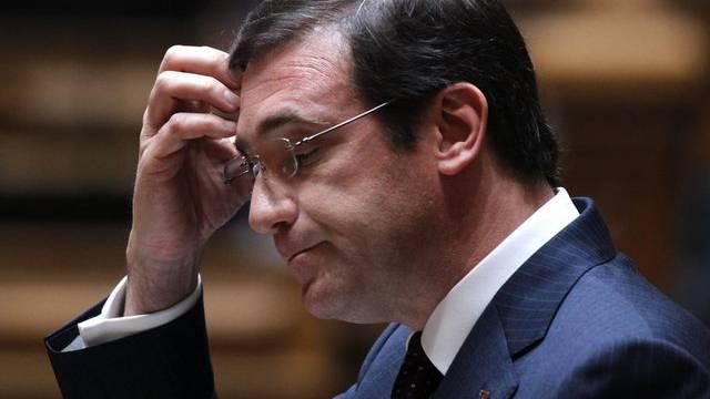 Coelho ist in Bedrängnis - sein Kabinett will er aber noch nicht aufgeben