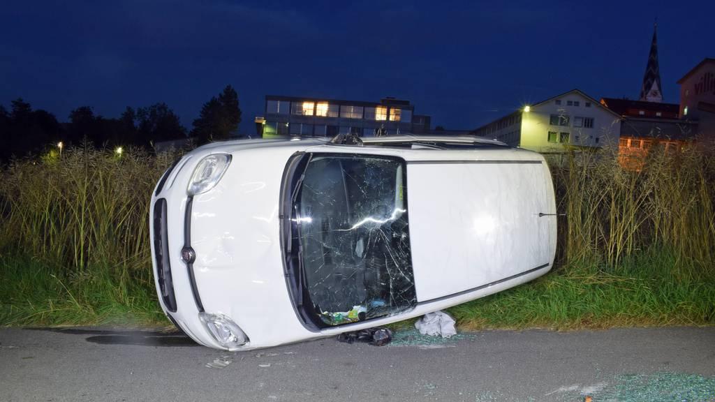 Zwei Unfälle: Leichtverletzte und Schäden von 135'000 Franken