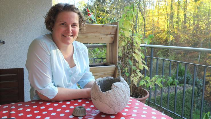 Für die neue Landfrau-Präsidentin Sandra Siegrist ist der Balkon auch Werkstatt.