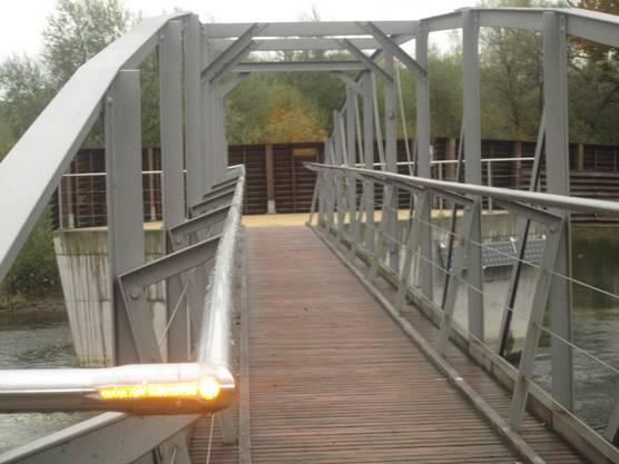 Neue Brücke für Fussgänger und Velofahrer