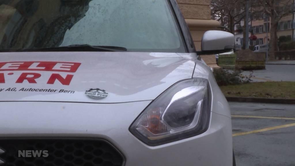 LKW-Fahrer warnen: Kein Rücklicht bei Autos kann gefährlich enden