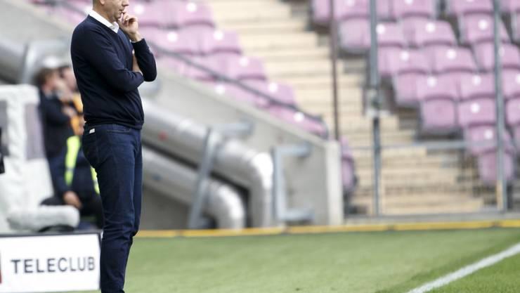 Coach Bojan Dimic kann das Ruder bei Servette bislang nicht herumreissen