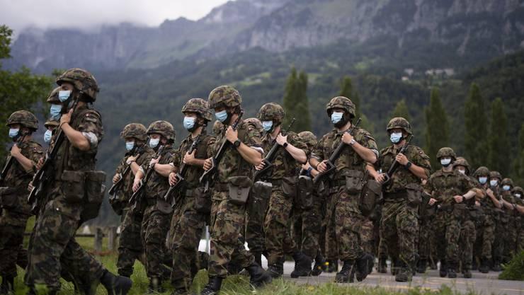 Die Armee verzichtet nun auch auf die Rekrutierungsanlässe. Die Einsatzbereitschaft wird gestärkt. (Symbolbild)