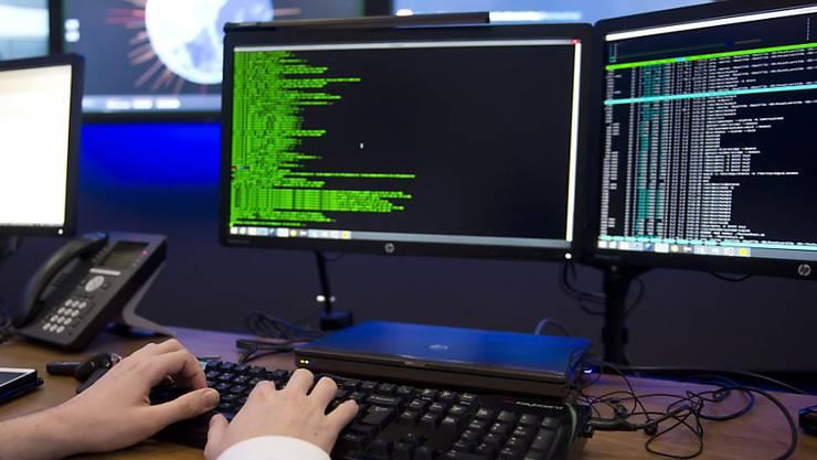 Der Bundesrat setzt Task Force gegen Cyperkriminalität ein. (Symbolbild)
