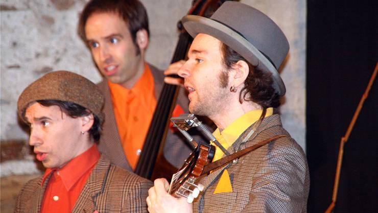 «Mattermania» mit Ivo E. Roesch, Simon Zürrer und Gabriel Kramer (von links) am Wochenende in der Laufenburger Kultschüür. Peter Schütz