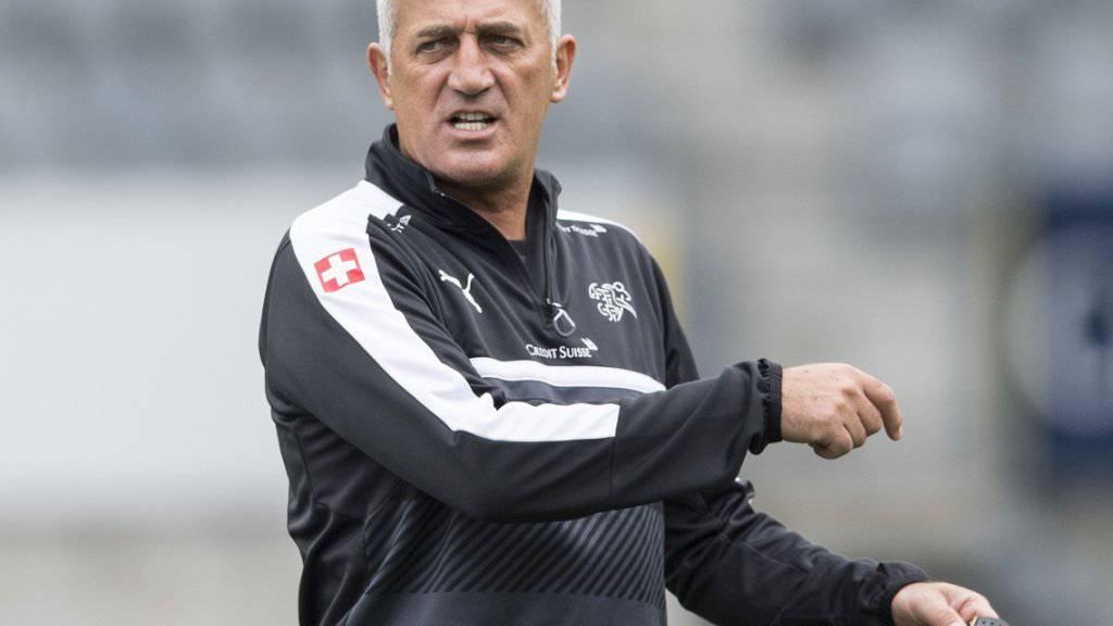 Vladimir Petkovic bleibt zwei weitere Jahre Schweizer Nationaltrainer.