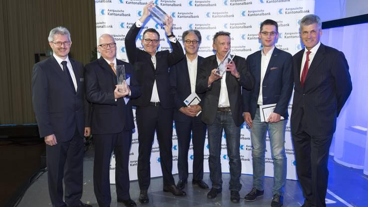 (v.l.) Marcel Schmidli von der Sutermeister AG, Hans-Jörg Aerni und Christian Wipf von der Elco AG sowie Peter Beck und Andreas Moosmann von der Tierklinik Aarau West.