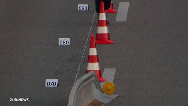 Winkeln: Schwerer Motorradunfall