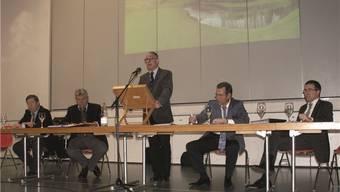 Der Verwaltungsrat der Golfplatz Heidental AG (von links) Arthur Häfliger, Kurt Frauchiger, Ruedi Steiner, Jürg Moning (Geschäftsführer) und Alfons Hürzeler (Präsident des Glolfclubs).