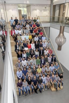 Die Angestellten im neuen Schaffner Hauptquartier