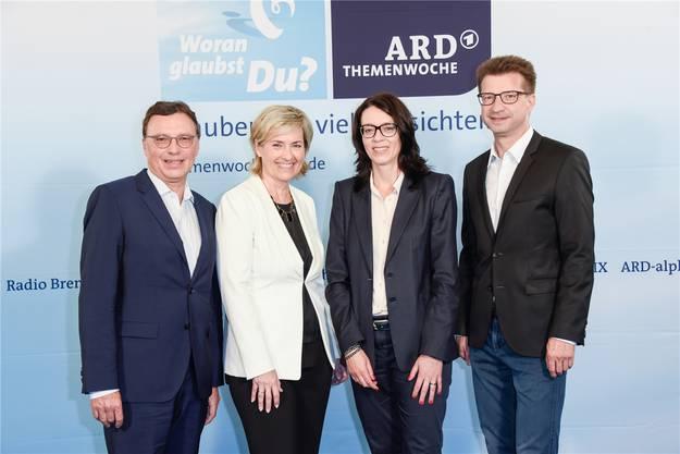 Als Programmchefin des Mitteldeutschen Rundfunks (MDR) holte sich Nathalie Wappler (2. v. l.) viele Lorbeeren und hat bewiesen, dass sie sich auch auf internationalem Parkett durchsetzen kann.
