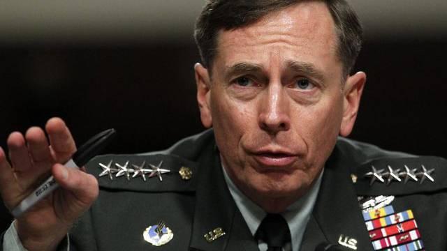 Die Affäre um den zurückgetretenen CIA-Chef Petraeus hat möglicherweise ein politisches Nachspiel (Archiv)