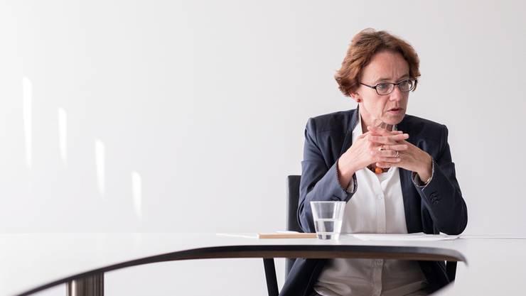 Die Basler Staatsrechnung fällt besser aus als geplant, dennoch will Finanzdirektorin Eva Herzog am Sparplan festhalten.