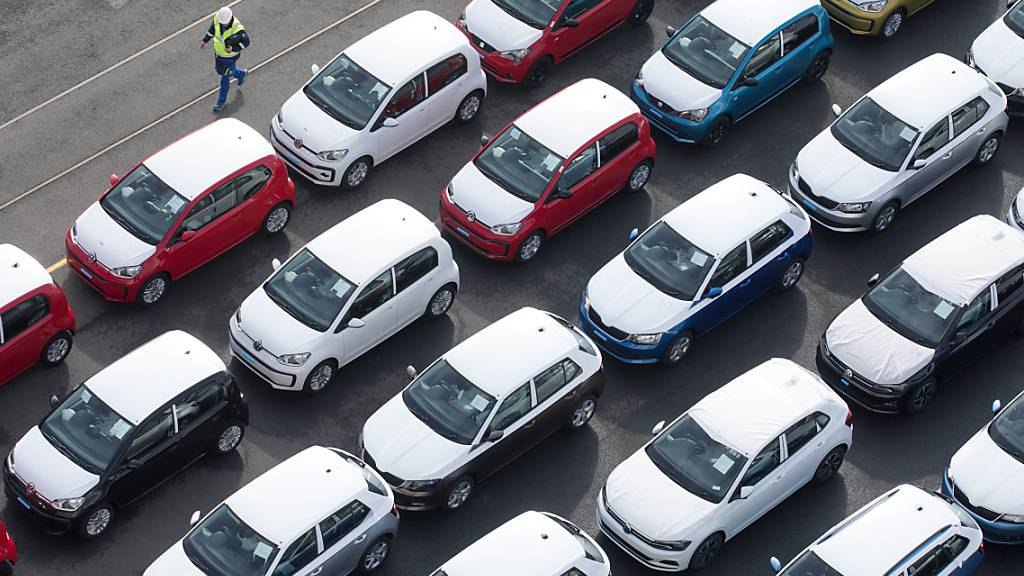 Autobranche holt im Sommer auf. (Symbolbild)