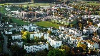 Ende Oktober 2016: So hat sich das «Widmi-»Quartier in den vergangenen eineinhalb Jahren im Vergleich zum Foto unten entwickelt. Chris Iseli