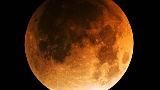 Mondfinsternis des Jahrhunderts: Darauf können Sie sich freuen