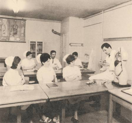 Historische Bilder der Psychiatrie Baselland PBL. Personalausflug ins Anatomische Institut Basel 1965