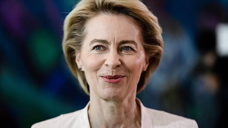 Ursula von der Leyen gibt ihr Amt als deutsche Bundesverteidigungsministerin auf. Am Dienstag stellt sie sich dem EU-Parlament als neue EU-Kommissionspräsidentin zur Wahl. (Archivbild)