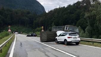 Am zweiten Fahrzeug, das mit dem Militär-Duro zusammenstiess, entstand Schaden von einigen tausend Franken.