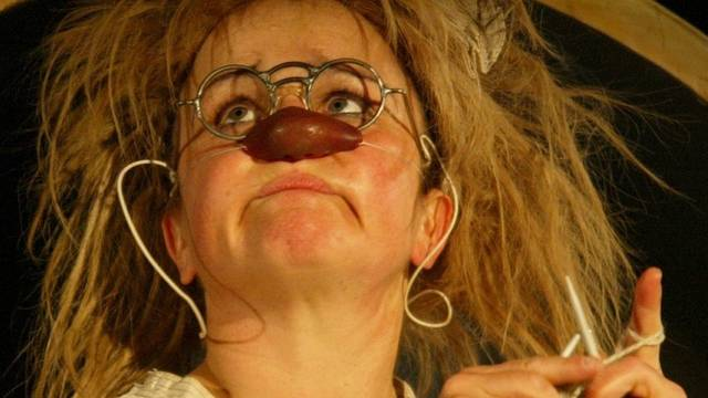 Clownin Gardi Hutter will weiterhin auf der Bühne stehen (Archiv)