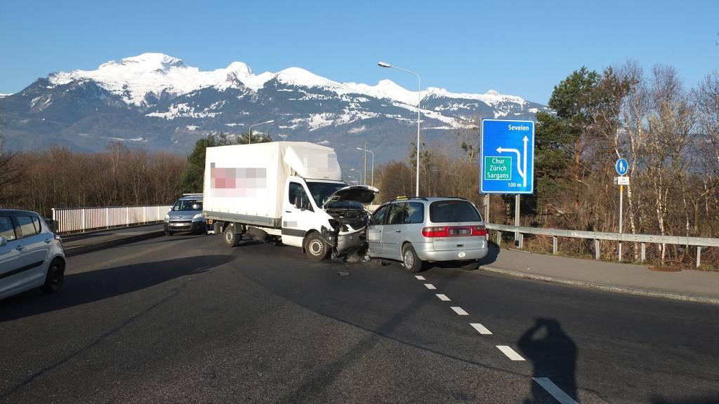 Unterschätzte den Abstand:  ein 49-jähriger Lieferwagenfahrer.