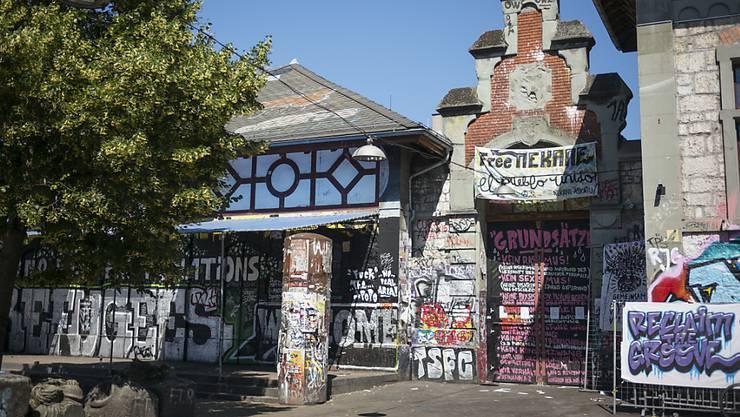 Ort der Scharmützel: die Berner Reitschule. (Archiv)