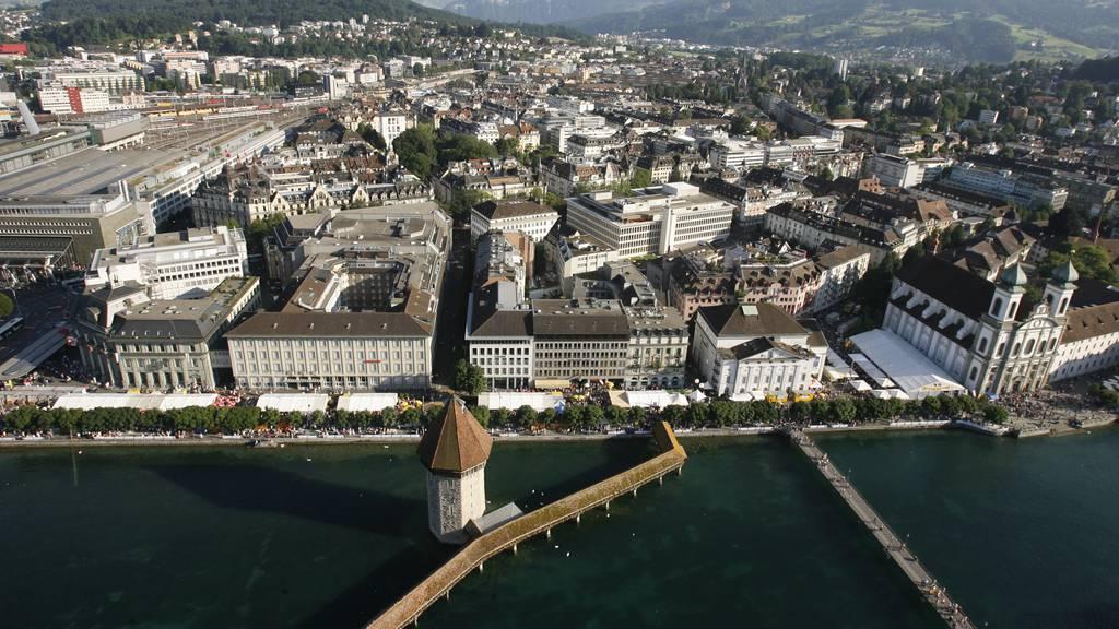 Luzerner Regierung will auf Steuererhöhung verzichten