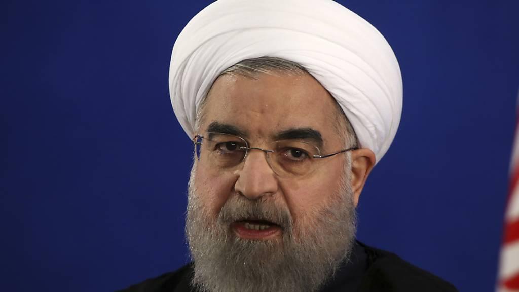 Ruhani dämpft Hoffnungen auf baldiges Ende der Corona-Krise
