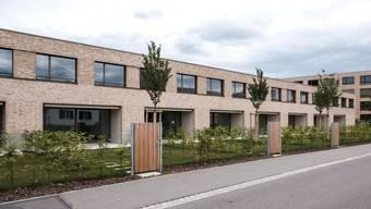 Eine 5,5-Zimmer-Wohnung in der Aarenau kostet über 3500 Franken. Ob in Aarau mehr günstiger Wohnraum entstehen soll, entscheiden die Stimmbürger an der Urne.