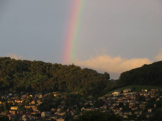 Regenbogen über Liestal
