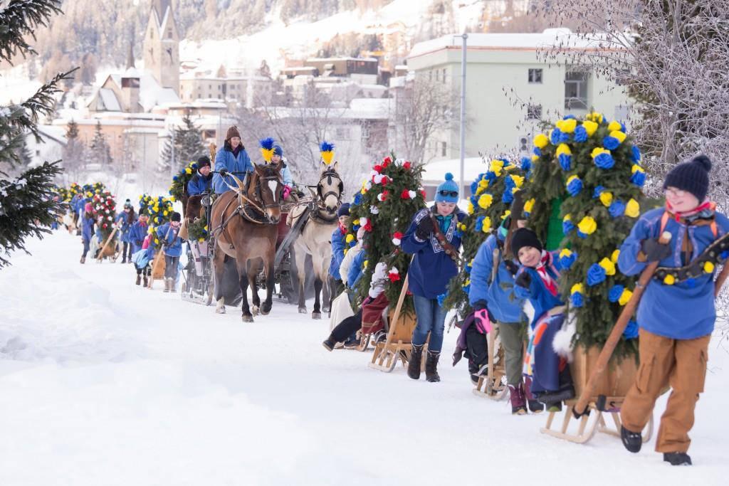 Die Davoser Kinder laden auch heuer zur traditionellen Schlittfahrt. (© zVg)