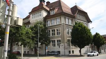 Das Hermesbühlschulhaus erhält seinen ersten Schulgarten.