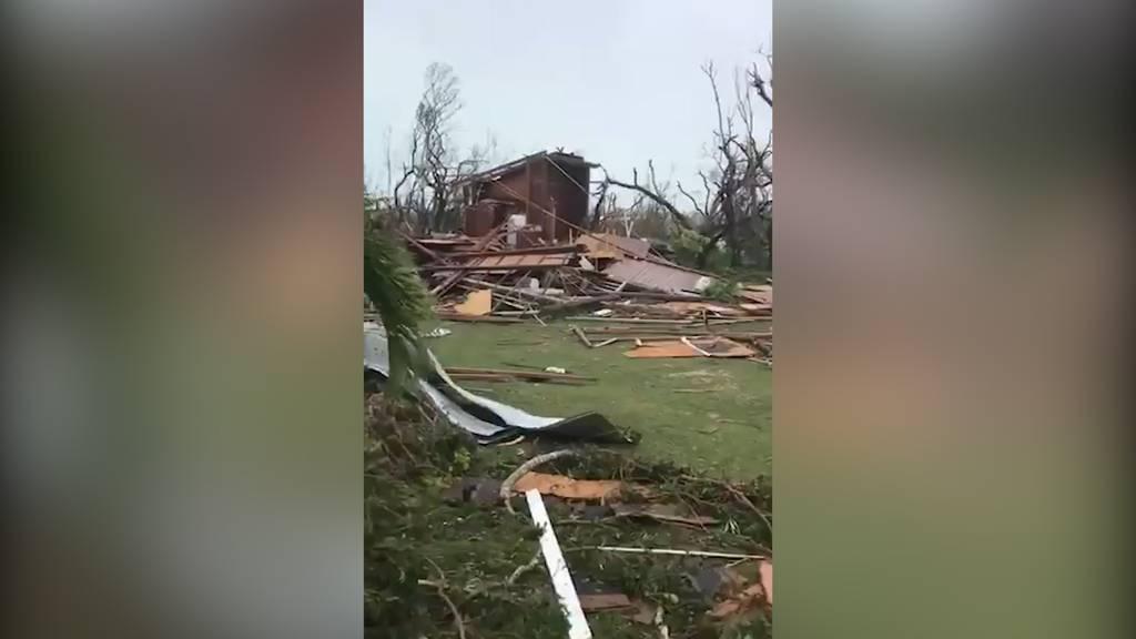 """Hurrikan """"Dorian"""" zerstört die Bahamas und fordert erste Opfer"""