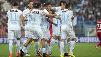Der FCZ freut sich über das 1:0 von Roberto Rodriguez
