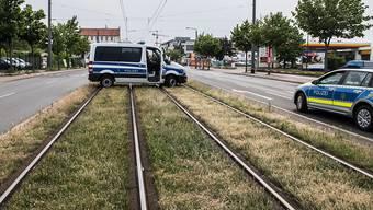 Bis Abschluss der Entschärfungsarbeiten waren in Dresden etliche Verkehrswege gesperrt.