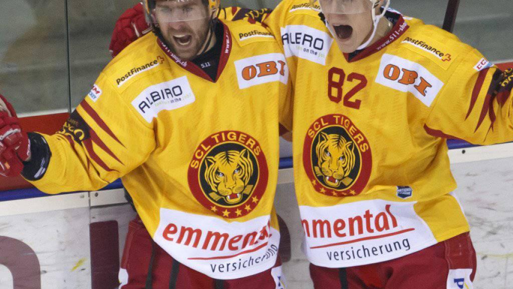 Die Ausländerfraktion der SCL Tigers, hier stellvertretend der Kanadier Chris DiDomenico und der Finne Harri Pesonen, erhalten Zuwachs