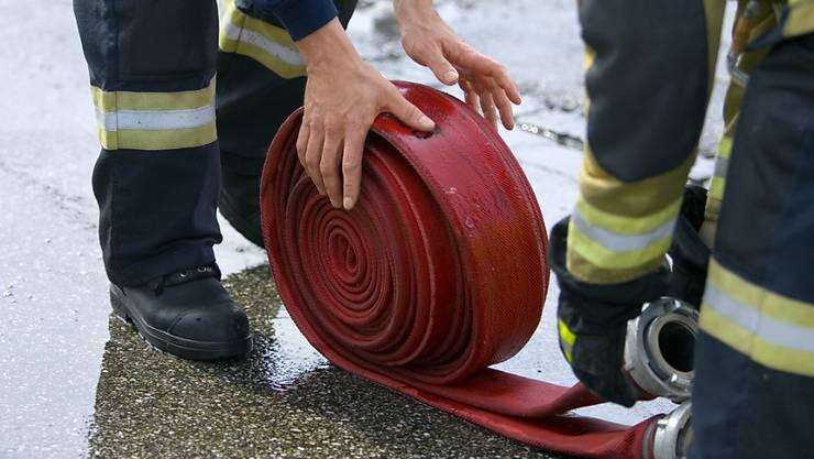 Die Feuerwehr musste am frühen Abend zu einem Brand in einer Wohnung nahe der Altstadt von Locarno ausrücken. (Symbolbild)