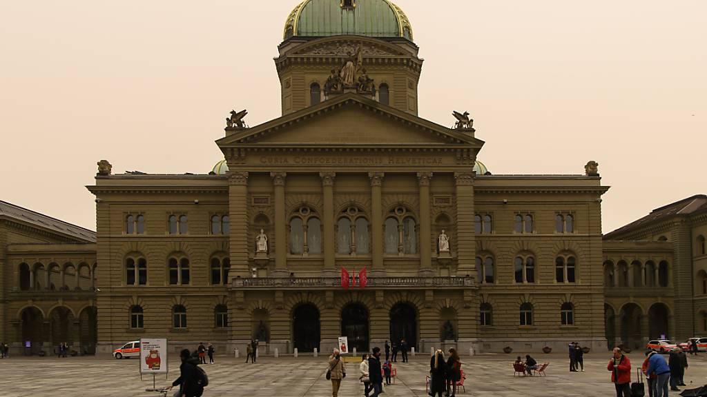 Parteien sagen Ja zum Covid-19-Gesetz – ausser die SVP