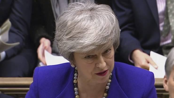 Premierministerin Theresa May will sich am Dienstag im britischen Unterhaus zu den Brexit-Verhandlungen äussern. Zuvor treffen sich am Montagabend noch EU-Chefunterhändler Michel Barnier und der britische Brexit-Minister Stephen Barclay in Brüssel. (Archiv)