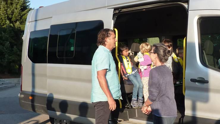 Den Kindergartenkindern gefallen die Busfahrten laut Mitteilung ins Sälischulhaus.