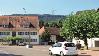Im Blick: So sehen die Einwohner von Wölflinswil die Windkraftanlage Burg gemäss einer Visualisierung der AEW.