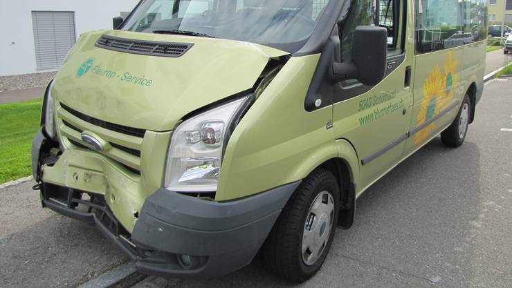 So sah der Lieferwagen nach dem Unfall aus.