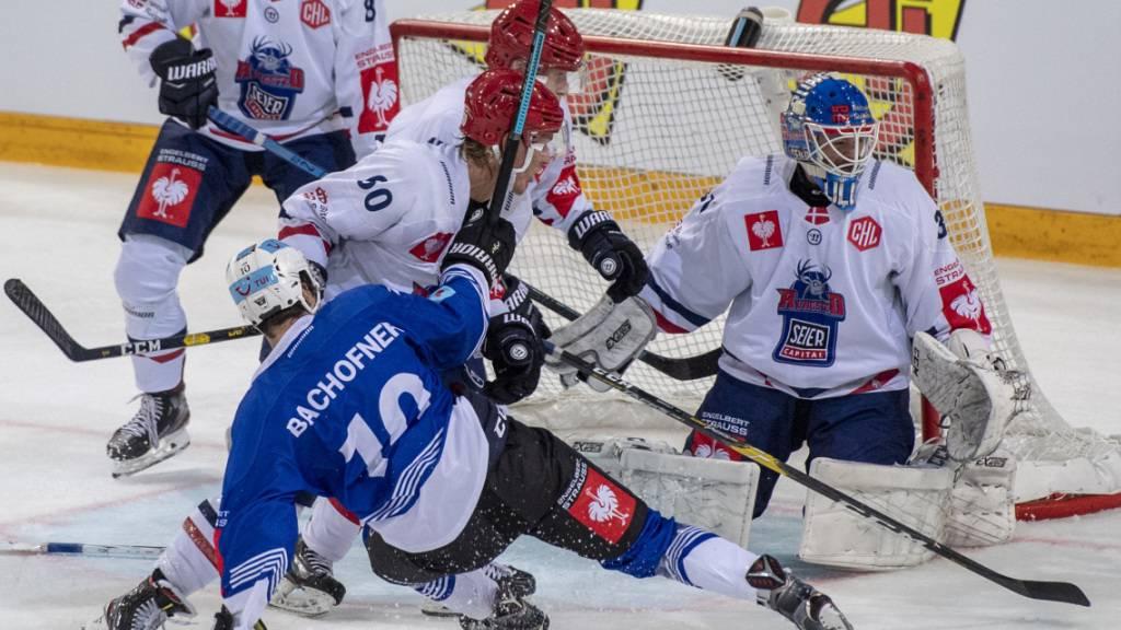 Jérôme Bachofner und die Zuger geraten gegen den dänischen Gegner Rungsted nur vorübergehend in Schieflage