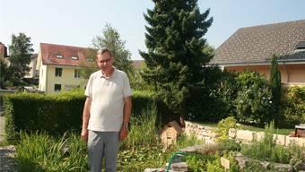 Stiftungsratspräsident Lukas Bäumle im Garten der «Villa Grimm» in Grenchen.