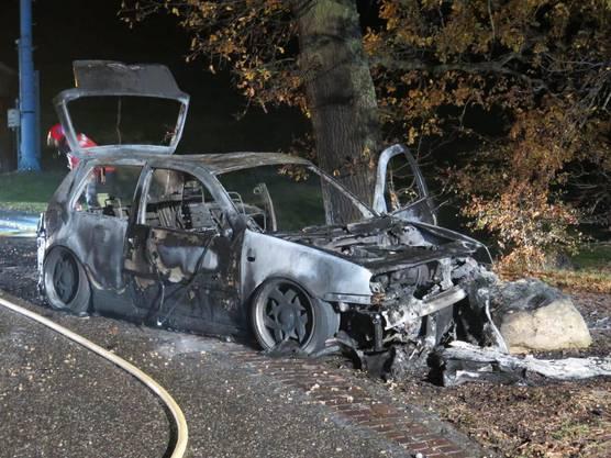 Die Autoinsassen konnten sich in Sicherheit bringen.