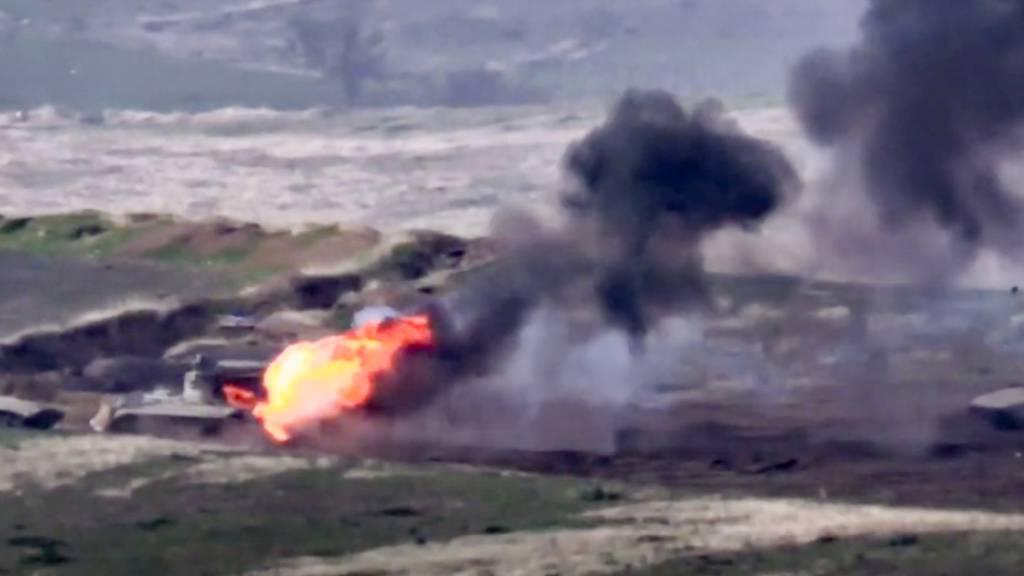 Kämpfe um die Unruheregion Berg-Karabach dauern an